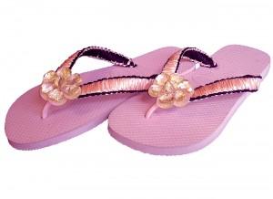 sandalia-havaianas-decorada-rosa-havaianas-personalizadas